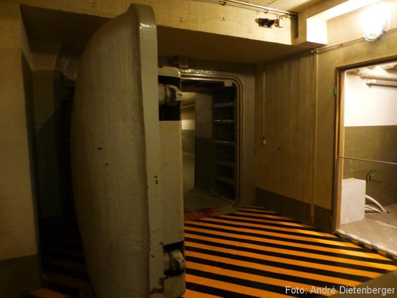 Dokumentationsstätte Regierungsbunker Schleuse