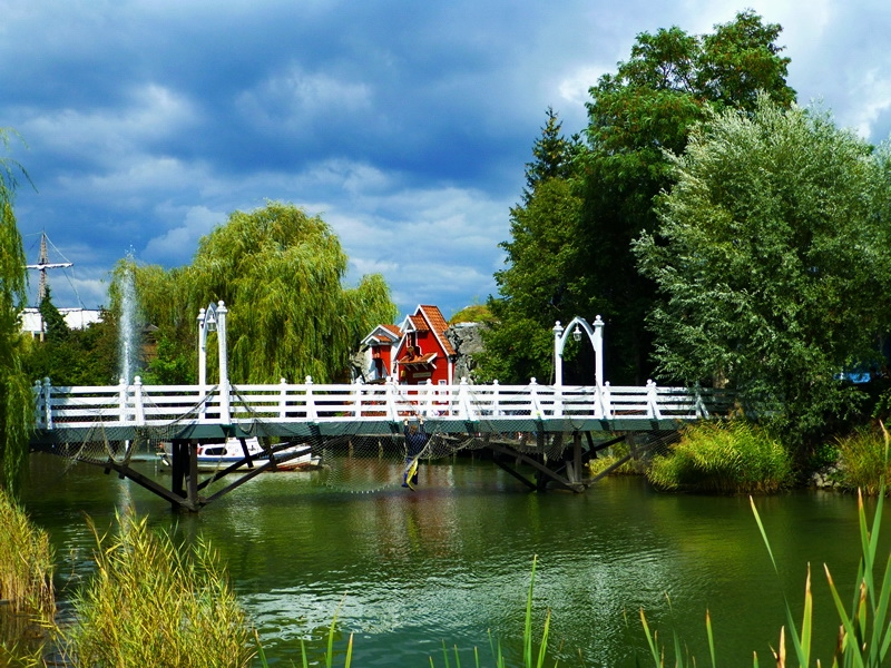 Europa-Park - See mit Brücke