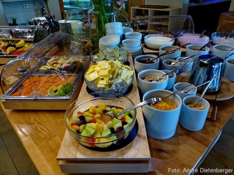 Ko'Ono - Frühstück