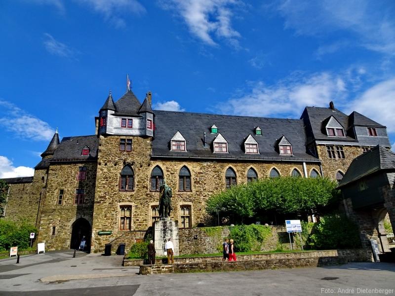 Die Bergischen Drei - Schloss Burg
