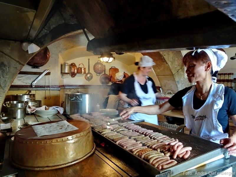 Regensburg - Wurstlkuch, die Küche