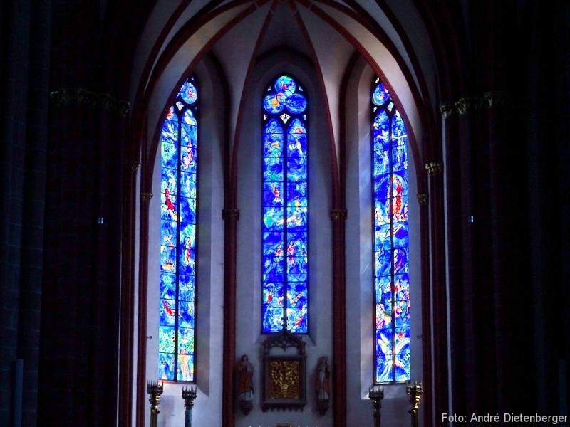 St. Stephan Glasfenster von Marc Chagall