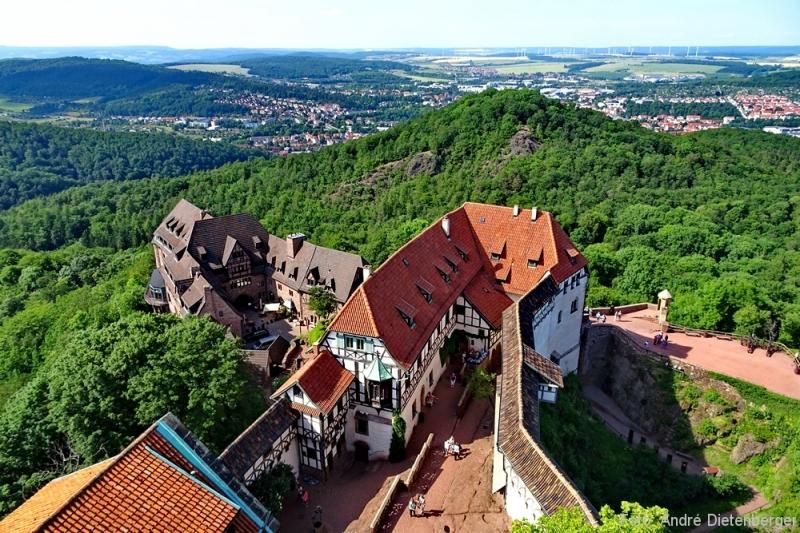Wartburg - Vorburg mit Hotel Wartburg