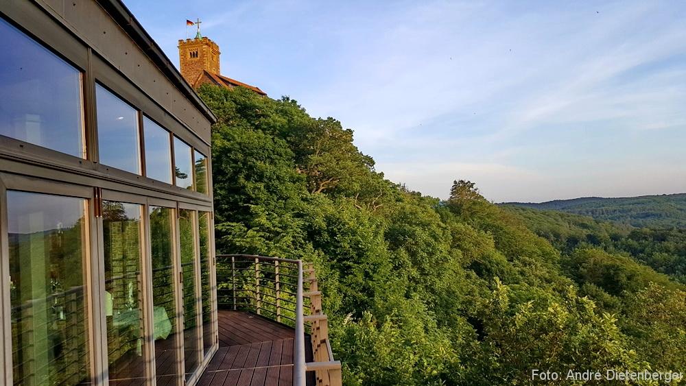 Hotel Wartburg - Blick vom Hotel auf die Wartburg