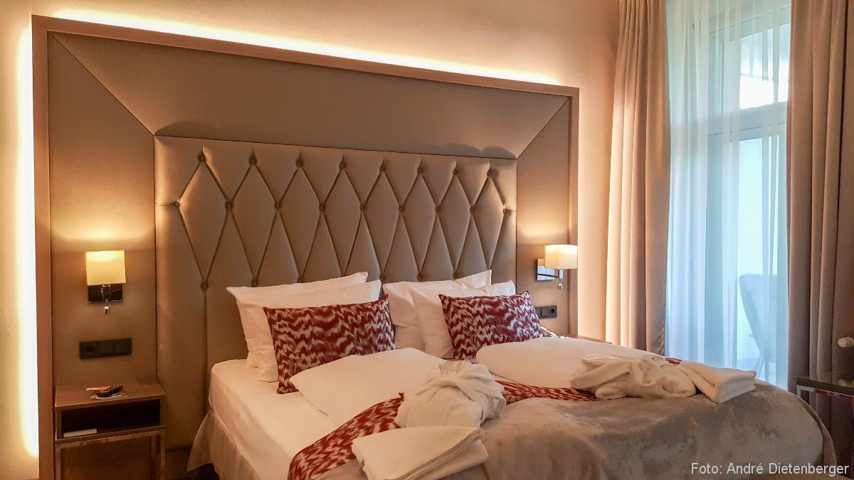 Badischer Hof - Bett modern