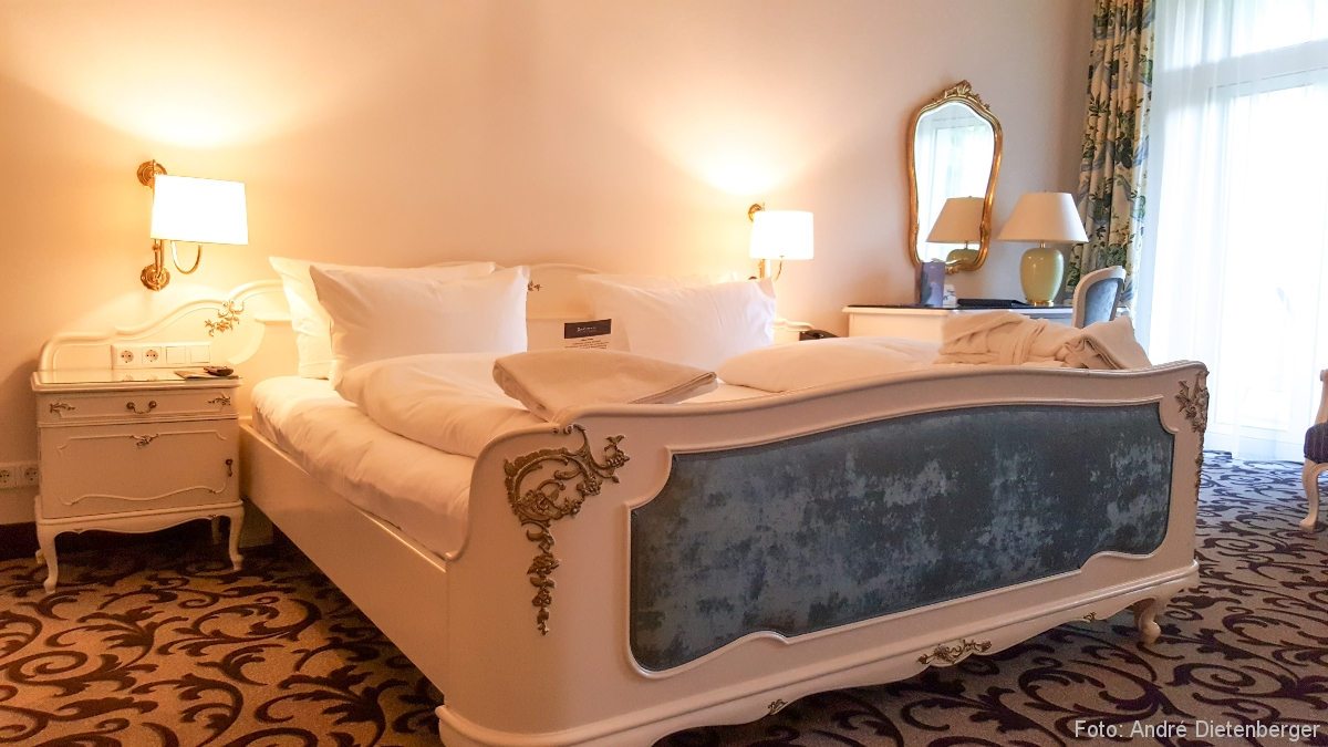 Badischer Hof - Bett klassisch