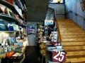 25h HafenCity - Shop und Treppe