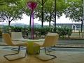 Prizeotel Bremen - Tisch mit Stühlen