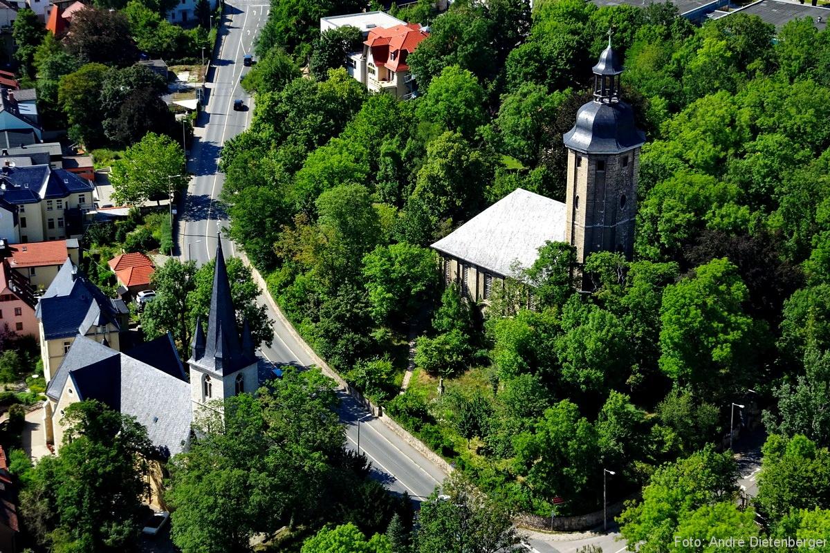 Panorma mit Katholischer Kirche und Friedenskirche