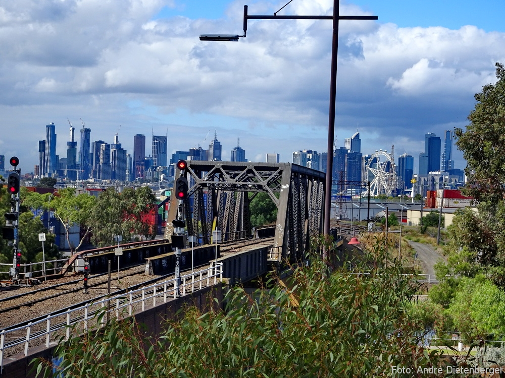 Skyline Melbourne from the North
