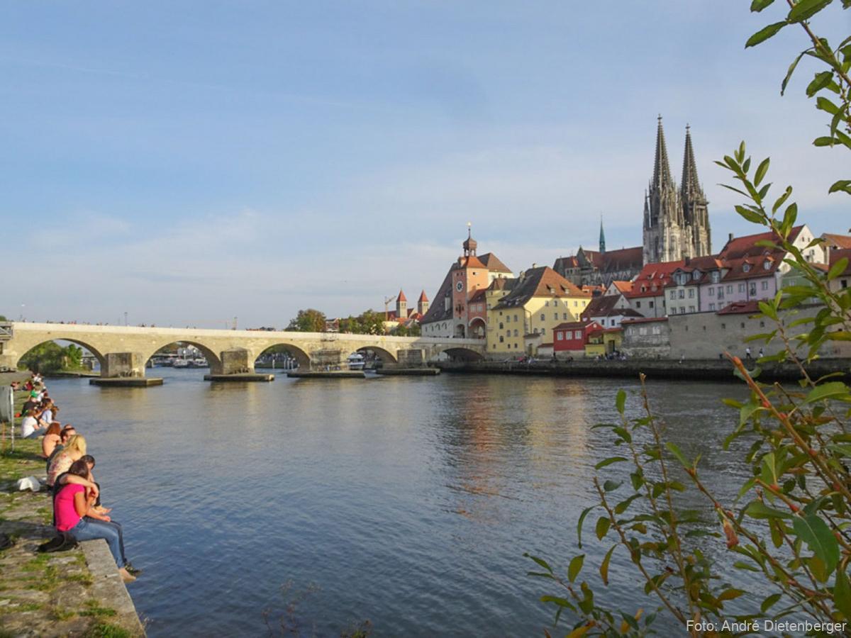 Regensburg mit Steinerne Brücke